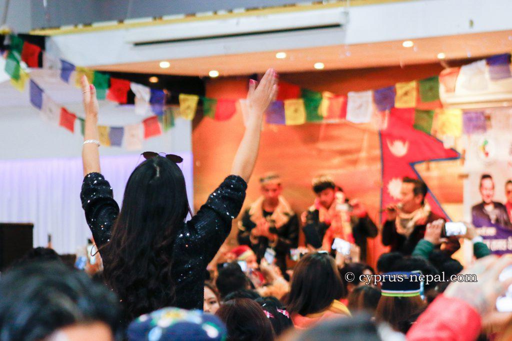 hand wave in air raju lama fan 2020 in cyrpus